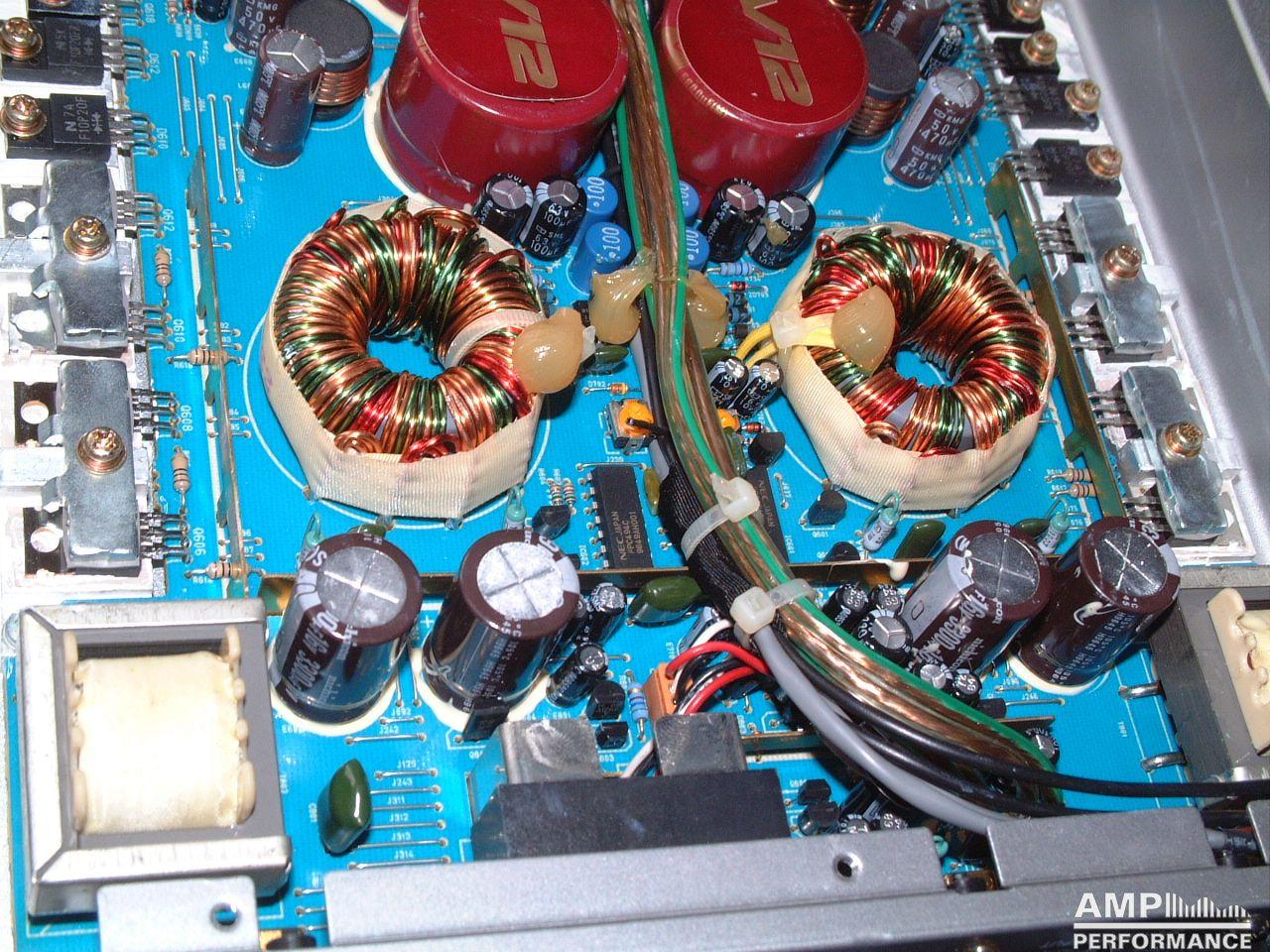 1005 Alpine V12 Amp | www.topsimages.com